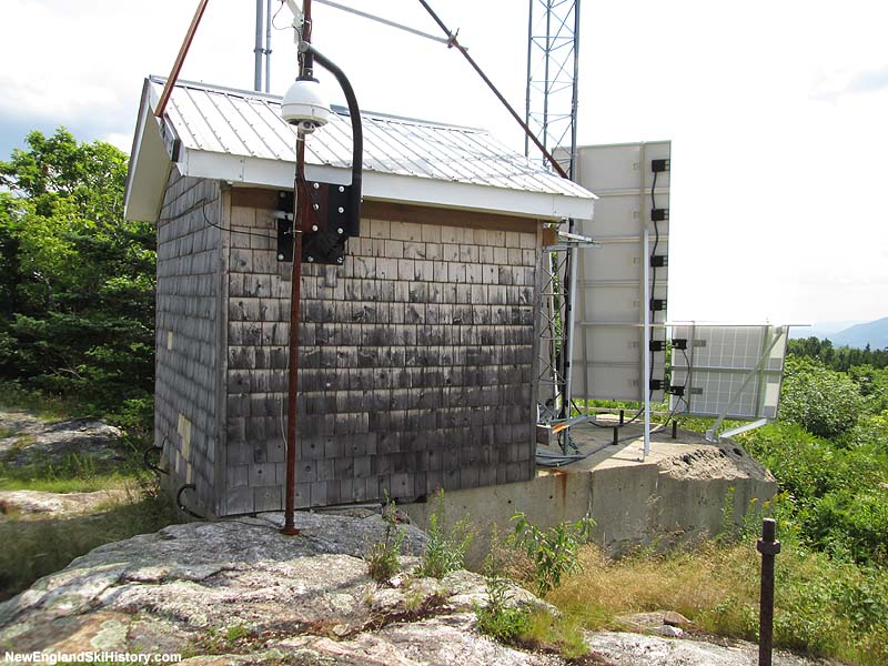 The former top terminal, now used as a weather station and cam for the Mt. Washington Observatory (2014)